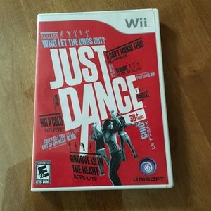 Nintendo Wii Just Dance Bundle